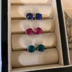 3 pairs of stud earrings